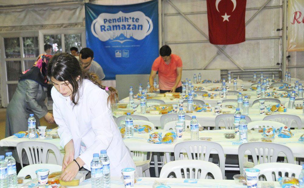 pendikte-gunde-9-bin-kisiye-iftar (2)