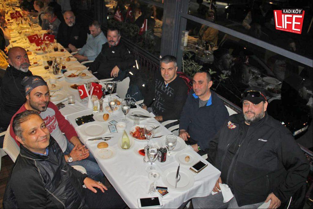 the-bosphorus-kalamis-kadikoy-29-ekim-cumhuriyet-bayrami-kutlama-goldwing-riders-turkiye-motosiklet-grubu-bagdat-caddesi-kadikoy-life-dergisi-3
