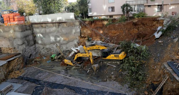 inşaat çalışmasında çökme