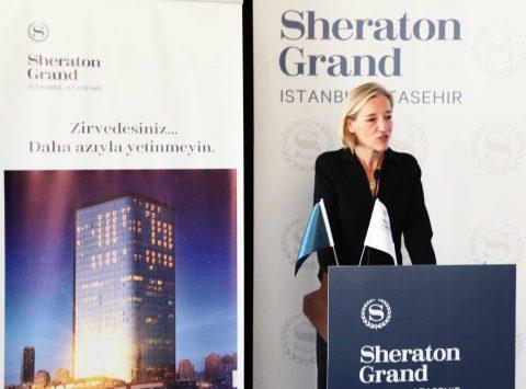 """Basın Toplantısı'nda bir konuşma yapan Starwood Hotels and Resorts Türkiye Bölge Müdürü Sabine Dorn Ağlagül, """"Starwood otelleri olarak Türkiye'nin gelişimine olan inancımız tamdır. Türkiyedeki yatırımlarımıza devam edeceğiz..."""" dedi"""