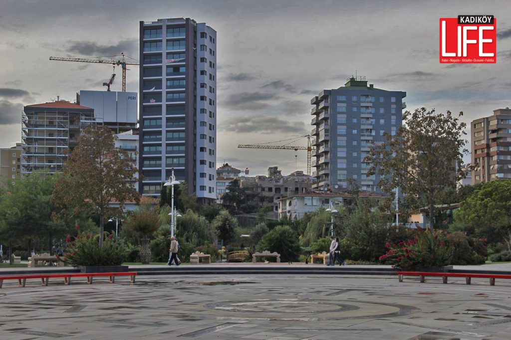 Bağdat Caddesi'nde Göztepe Parkı çevreleri...