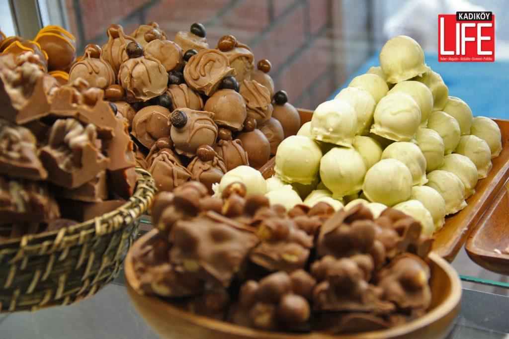 cikolata-bagdat-caddesi-bambino-tamer-topcu-omer-topcu-acildi-feneryolu-kadikoy-life-dergisi-1