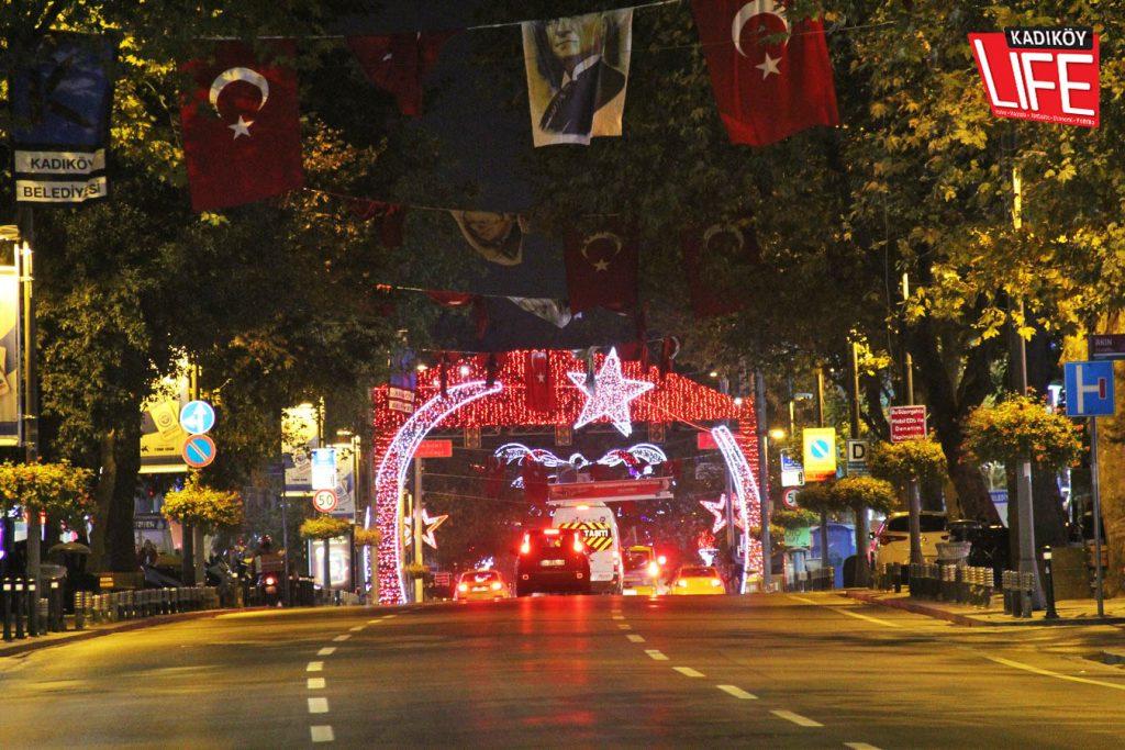 bagdat-caddesi-29-ekim-cumhuriyet-bayrami-kadikoy-belediyesi-kutlama-kadikoyluler-kadikoy-life-dergisi-3