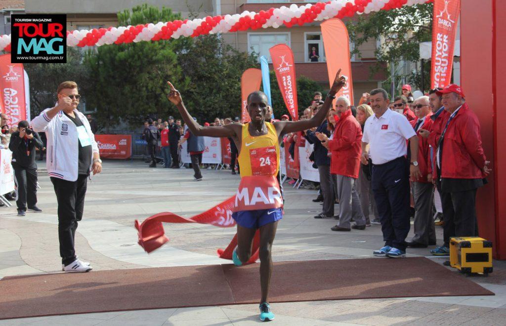 darica-uluslararasi-yari-maraton-yapildi-kosuldu-dereceler-darica-kocaeli-istanbul-tourmag-turizm-dergisi-22
