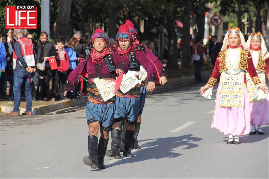 kadikoyden-tum-dunyaya-gozdagi-22