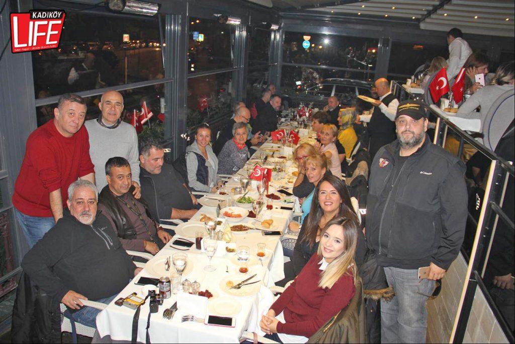 the-bosphorus-kalamis-kadikoy-29-ekim-cumhuriyet-bayrami-kutlama-goldwing-riders-turkiye-motosiklet-grubu-bagdat-caddesi-kadikoy-life-dergisi-5