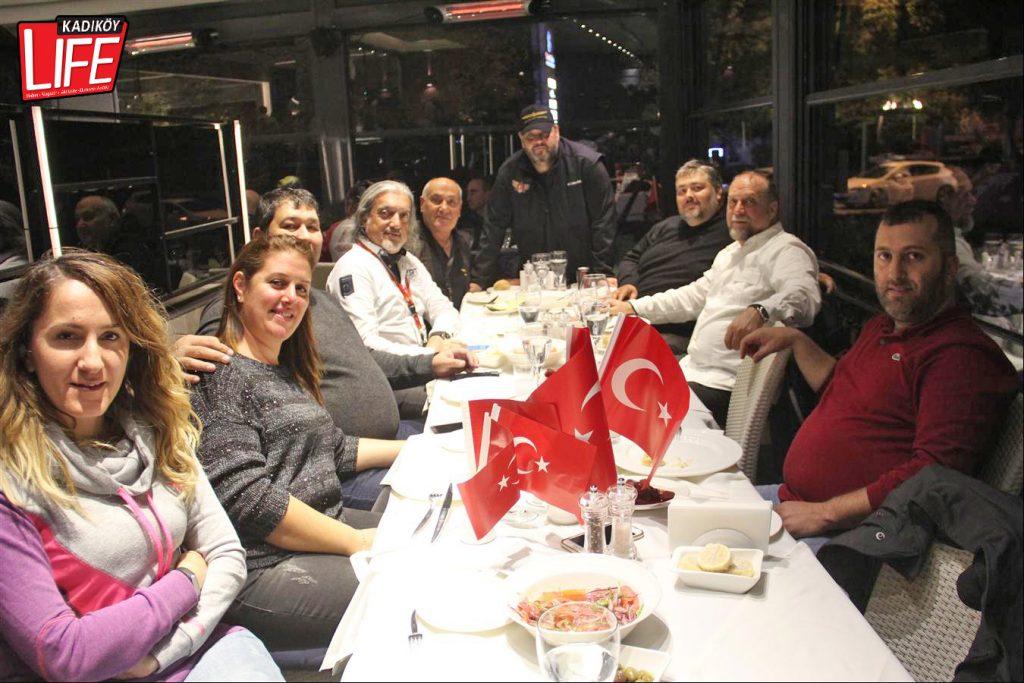 the-bosphorus-kalamis-kadikoy-29-ekim-cumhuriyet-bayrami-kutlama-goldwing-riders-turkiye-motosiklet-grubu-bagdat-caddesi-kadikoy-life-dergisi-6
