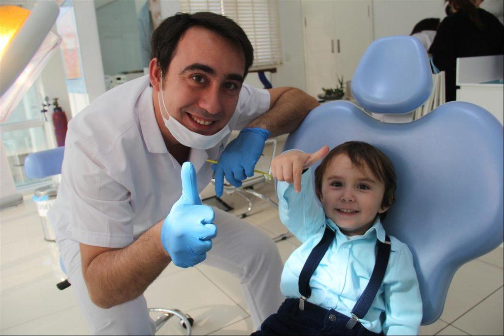 ozelsmileistanbul-ortodonti-agiz-ve-dis-sagligi-poliklinigi-cocuklar-saglik-taramasi-maltepe-anadolu-yakasi-kadikoy-life-dergisi-11