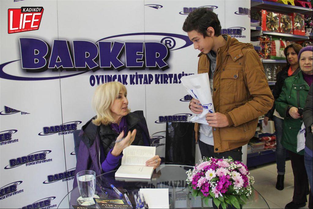 barker-kirtasiye-zinciri-goztepe-selamicesme-istanbul-ayse-kulin-yazar-imza-gunu-yogun-ilgi-faruk-celikten-ufuk-erkut-kadikoy-life-dergisi-4