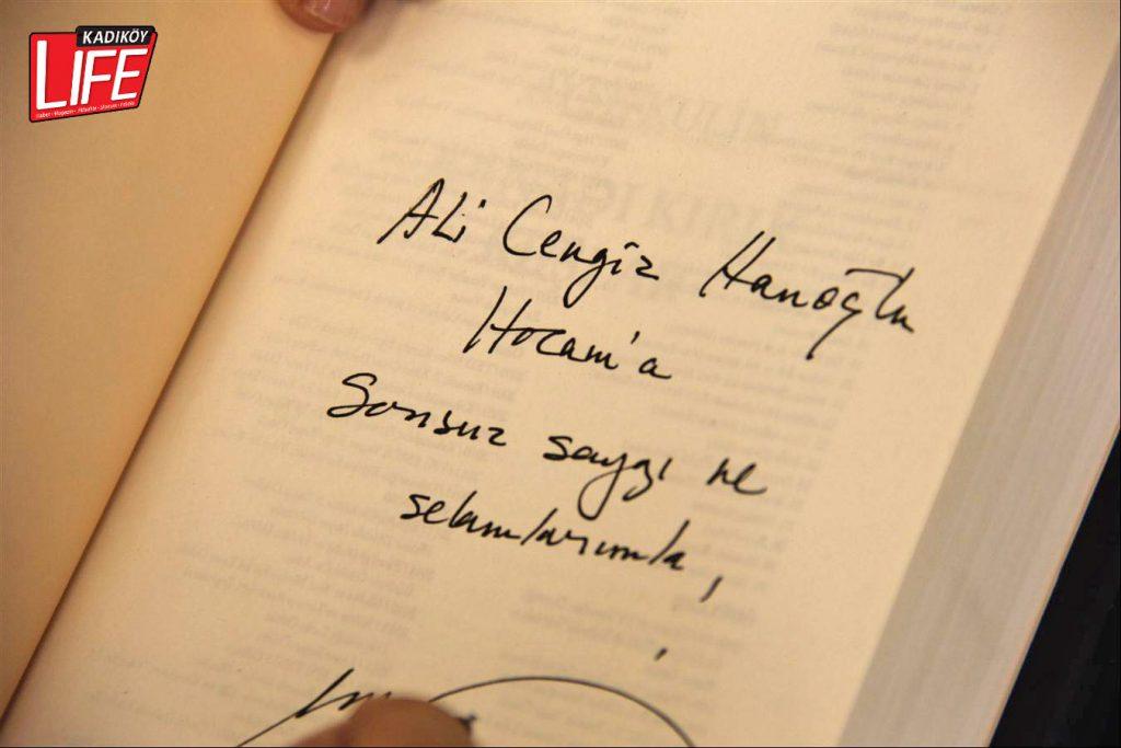 barker-kirtasiye-zinciri-goztepe-selamicesme-istanbul-ayse-kulin-yazar-imza-gunu-yogun-ilgi-faruk-celikten-ufuk-erkut-kadikoy-life-dergisi-9